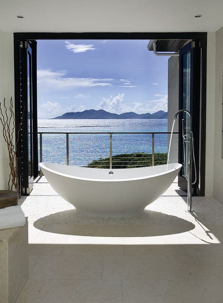 18Sea-view-bathroom-with-cool-contemporary-tropical-style