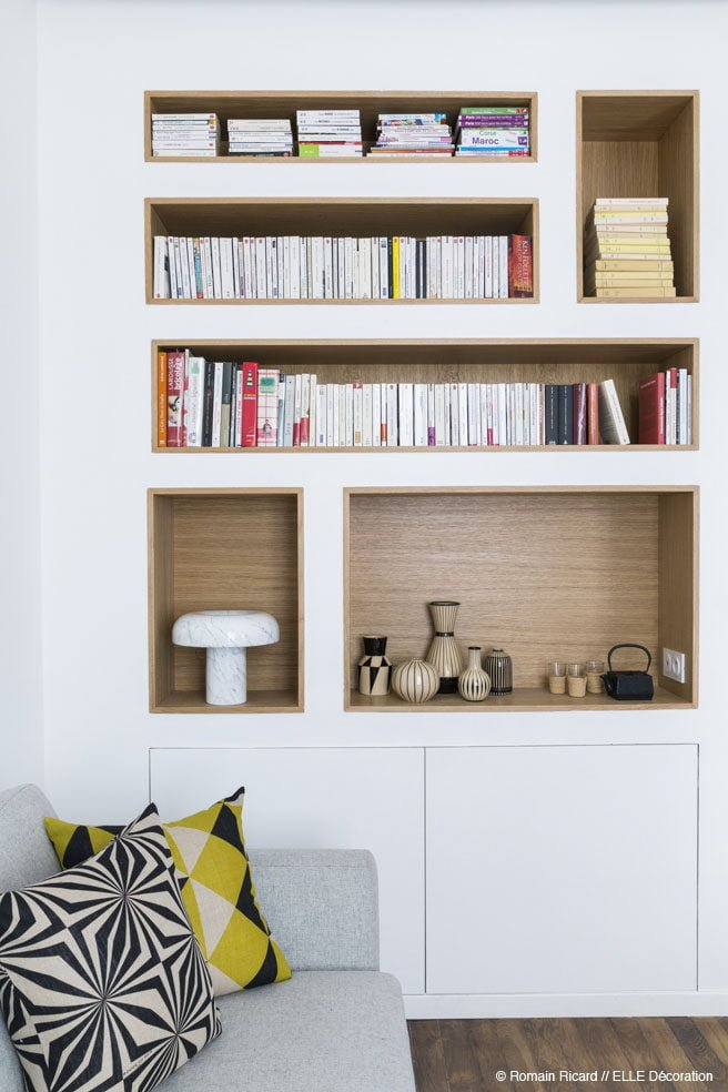 23custom-built-in-shelving