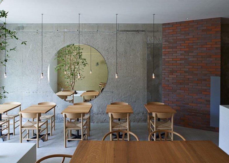 31Ito biyori cafe by Ninkipen Osaka Japan dezeen 784 0 Thiên nhiên trong thiết kế quán cafe của Nhật qpdesign