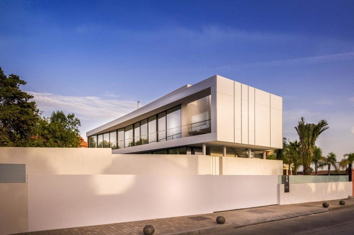 4modern-white-exterior