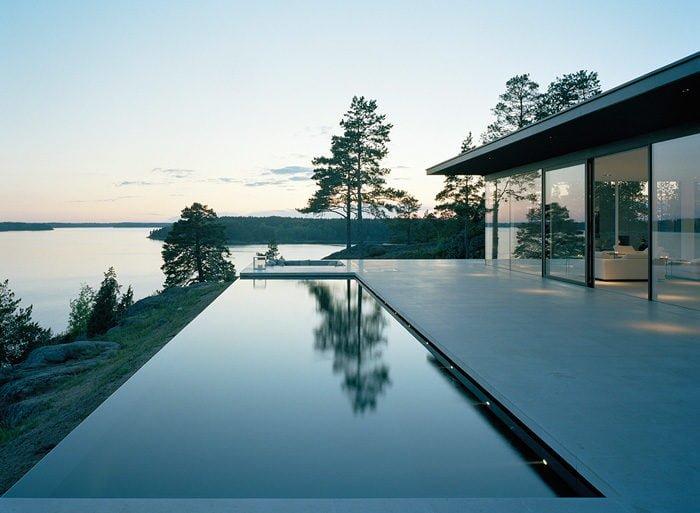 Modern-Lake-House-Exterior-7