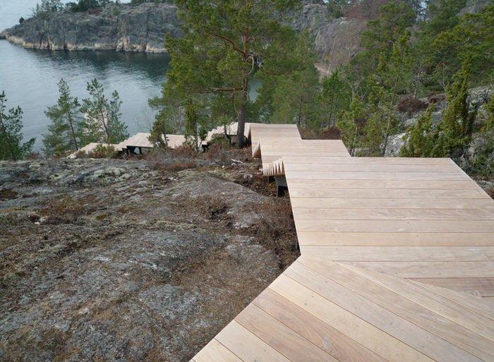 Modern-Lake-House-Exterior-8