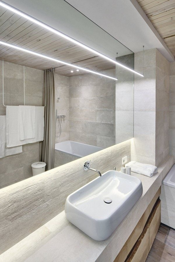 11-soft-but-bright-bathroom-lighting-600x896