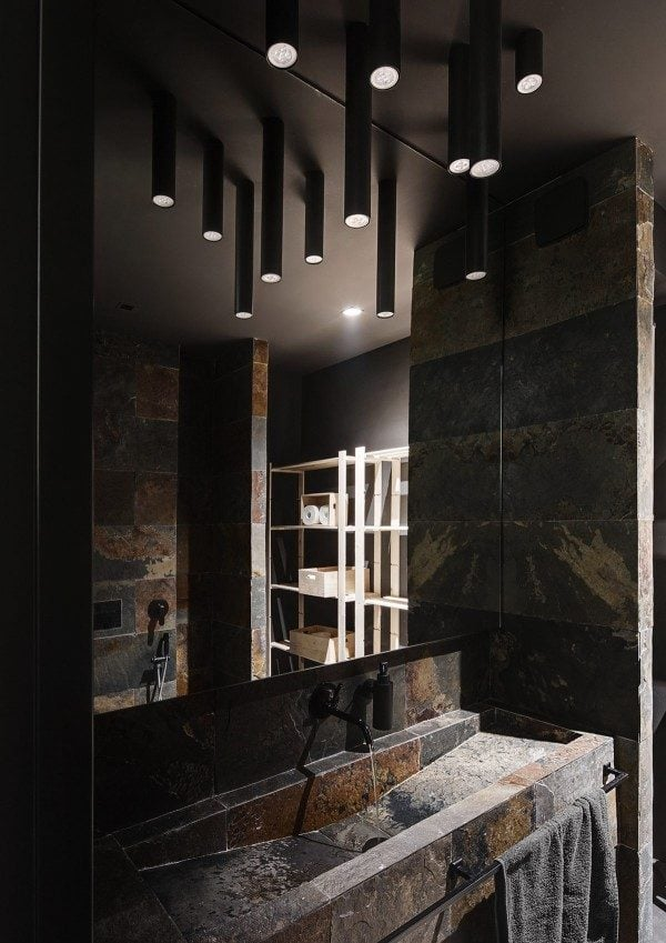 12-dark-and-elegant-bathroom-600x849