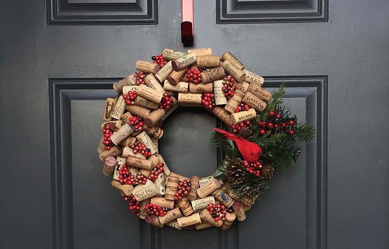 151wreath-wine-corkandspoon.files_.wordpress.com_