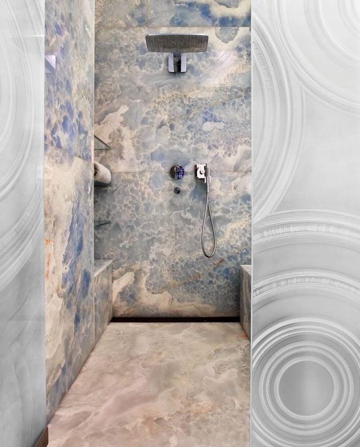 2refined and eye catching onyx decor ideas for your interiors 29 Đá mã não: vật liệu trang trí nội thất sang trọng và đẳng cấp qpdesign