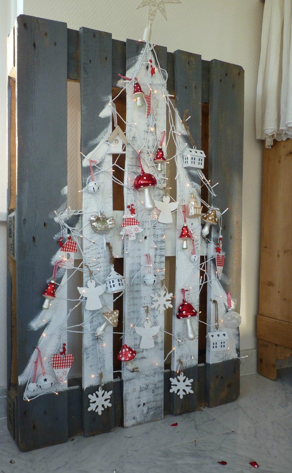AD-DIY-Easy-Christmas-Trees-23