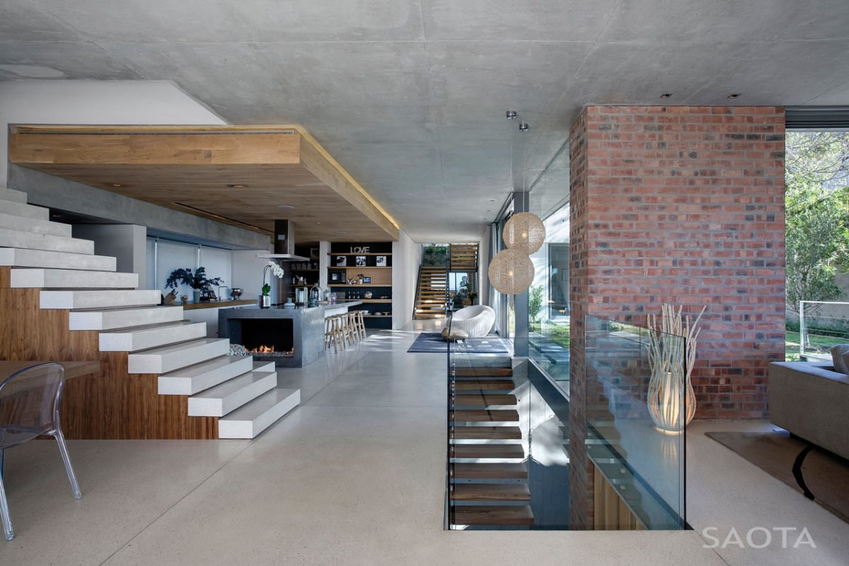 Stunning-Glen-2961-House-by-SAOTA-and-Three-14-Architects-7