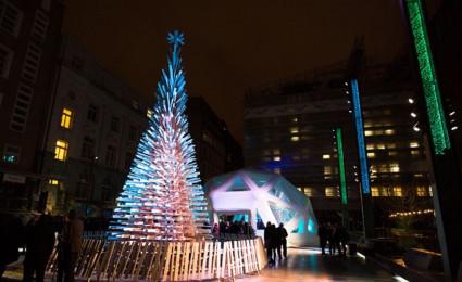 3 tác phẩm sắp đặt cây thông No-en đầy nhân văn cho cộng đồng trong mùa lễ Giáng sinh 2015