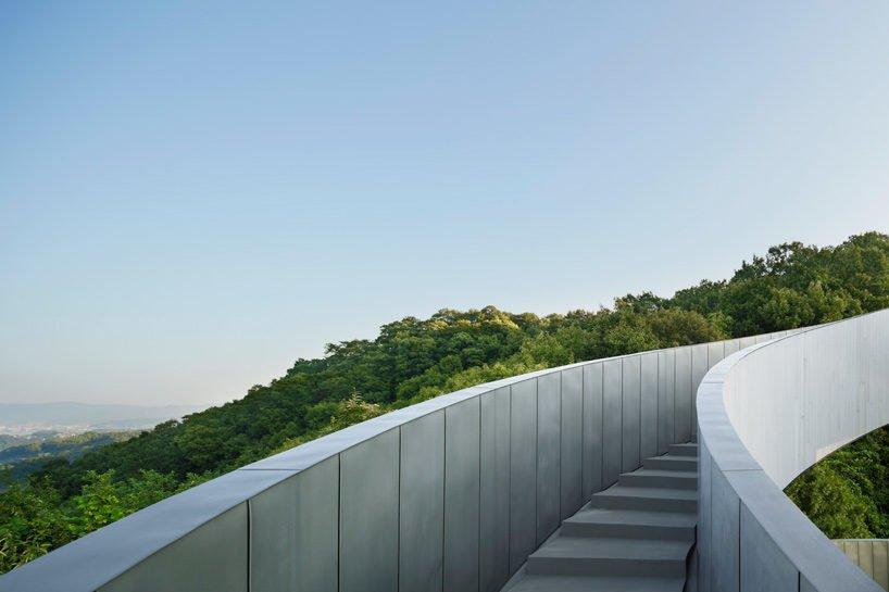 hiroshi-nakamura-nap-ribbon-chapel-spiral-hiroshima-japan-designboom-X7
