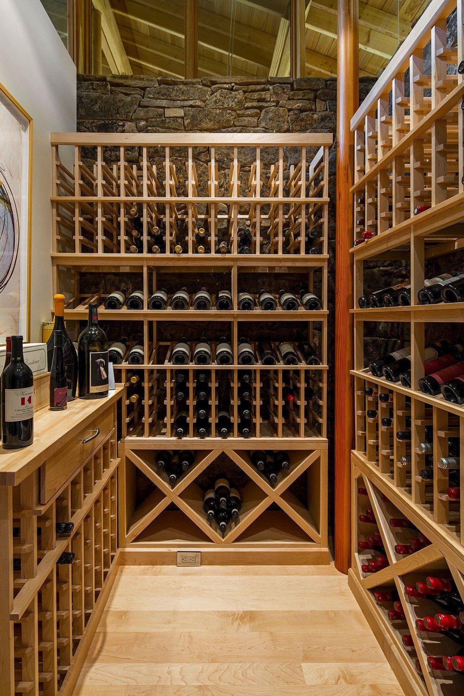 montana glass home with lots of wood in decor 11 Hòa mình cùng thiên nhiên trong ngôi nhà gỗ tuyệt đẹp ở MONTANA qpdesign