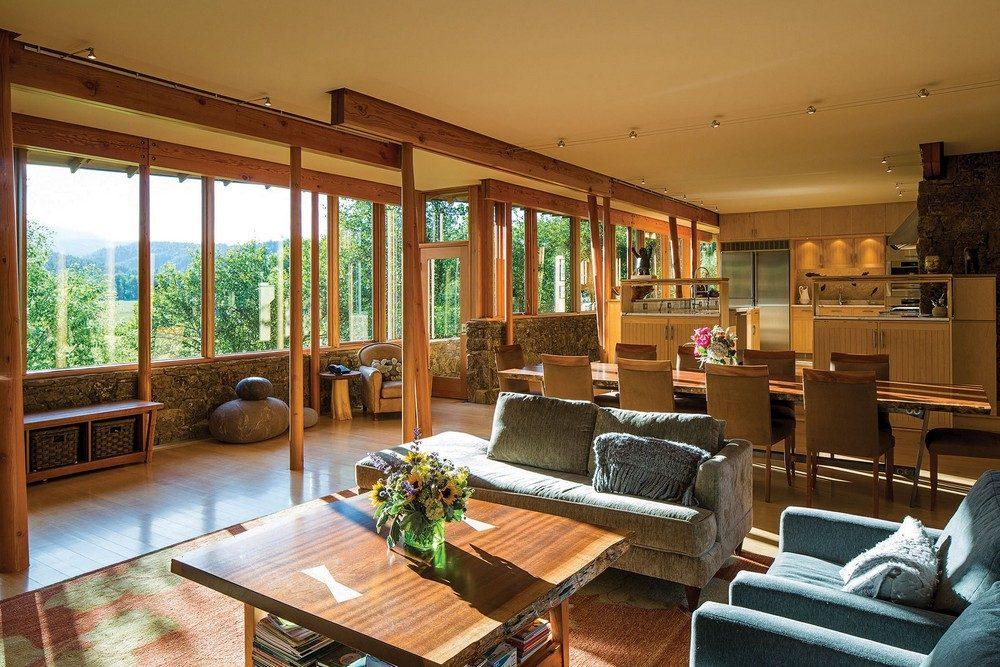 montana glass home with lots of wood in decor 2 Hòa mình cùng thiên nhiên trong ngôi nhà gỗ tuyệt đẹp ở MONTANA qpdesign