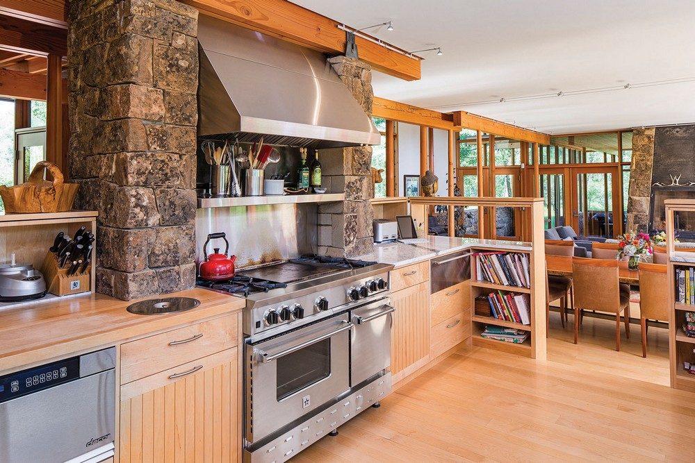 montana glass home with lots of wood in decor 6 Hòa mình cùng thiên nhiên trong ngôi nhà gỗ tuyệt đẹp ở MONTANA qpdesign