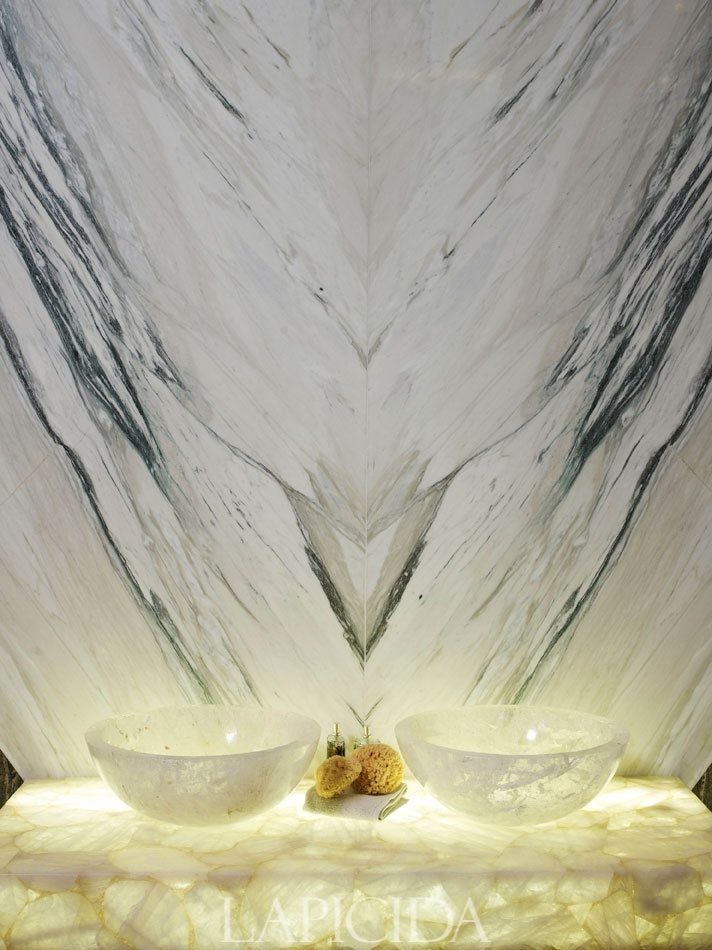 refined-and-eye-catching-onyx-decor-ideas-for-your-interiors-13