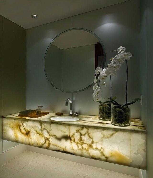 refined and eye catching onyx decor ideas for your interiors 8 Đá mã não: vật liệu trang trí nội thất sang trọng và đẳng cấp qpdesign