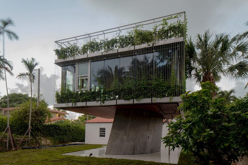 studio-christian-wassmann-sun-path-house-miami-beach-designboom-02