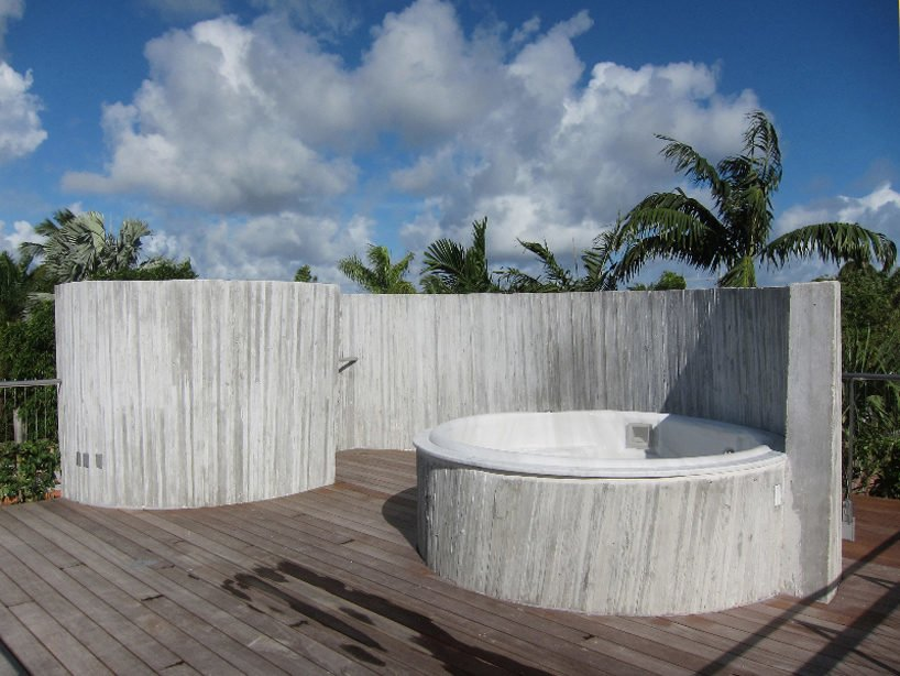 studio-christian-wassmann-sun-path-house-miami-beach-designboom-06