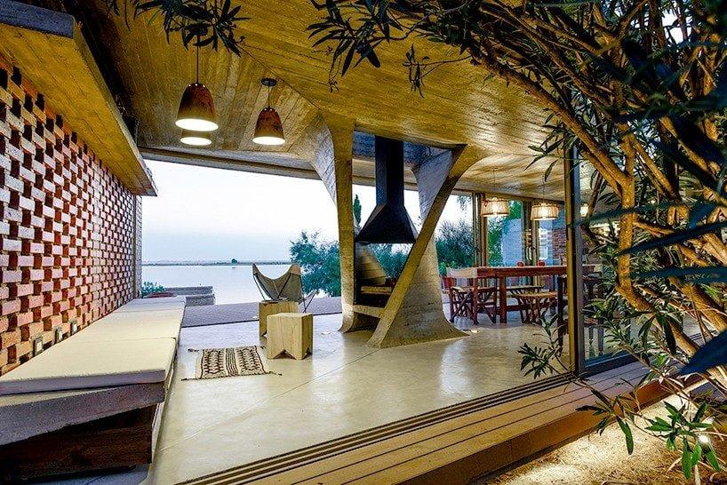 top 10 readers private houses 2015 designboom 002 818x546 Top 10 ngôi nhà ấn tượng nhất năm 2015   do độc giả designboom.com bình chọn qpdesign