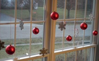 Trang trí cửa sổ đón Giáng Sinh 2015