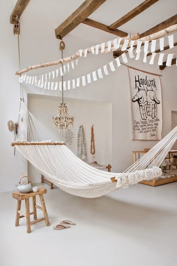 5-white-room-interiors-25-gorgeous-design-ideas-thumb-630x945-61077