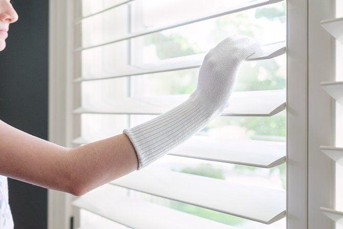 dust blinds 20 mẹo cực hay và hữu ích làm sạch nhà đón tết qpdesign
