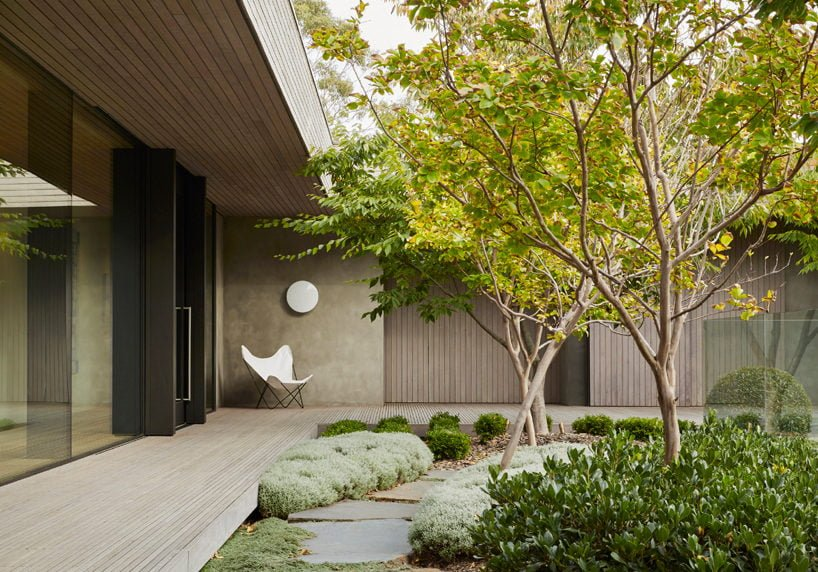 inarc-links-courtyard-house-designboom-02