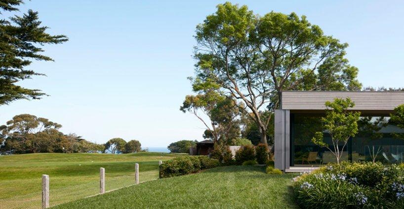 inarc-links-courtyard-house-designboom-12