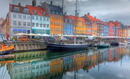 Những thành phố đầy sắc màu trên thế giới