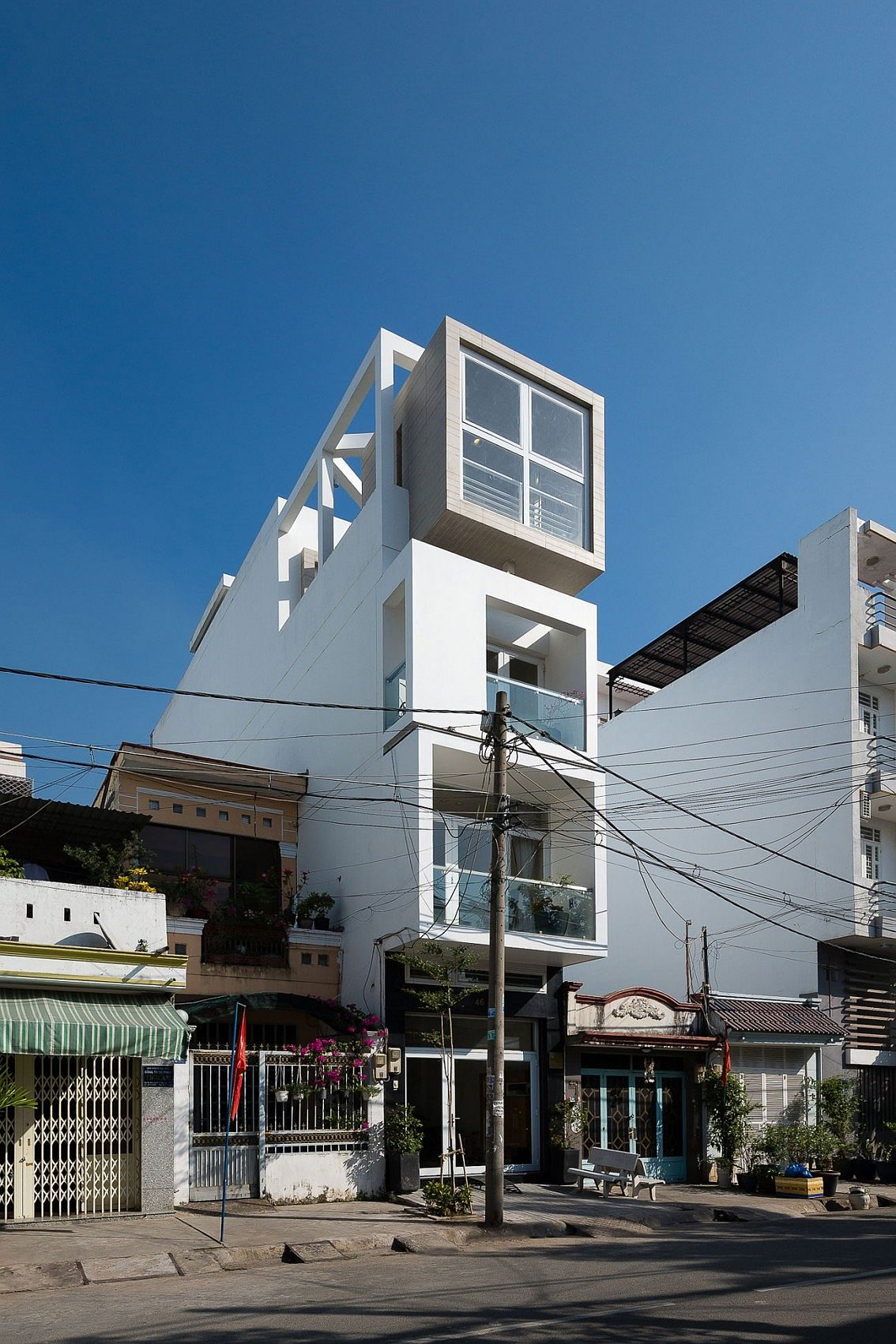 Narrow-NA-House-in-Ho-Chi-Minh-city-spread-across-four-space-savvy-levels