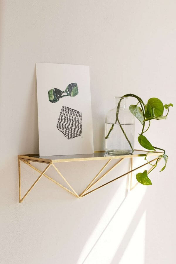 elegant-geometric-wall-shelf-600x900