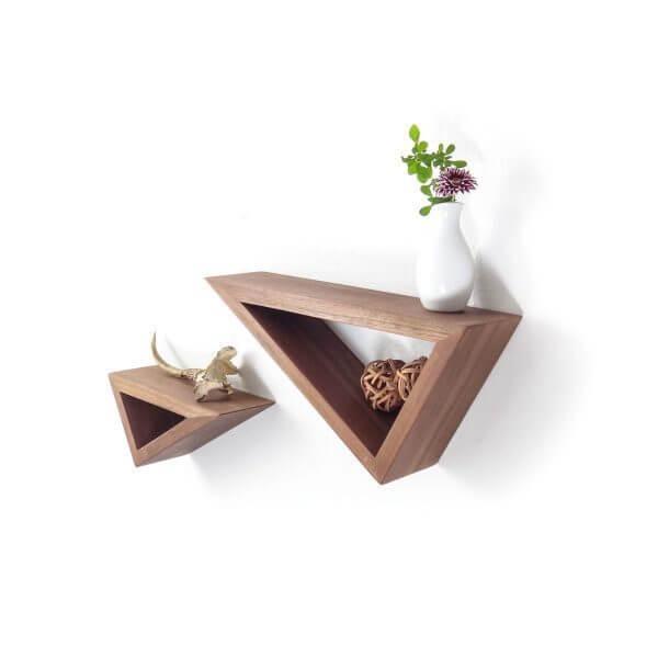 floating wood shelves 600x600 Những mẫu kệ treo tường đẹp và độc đáo qpdesign