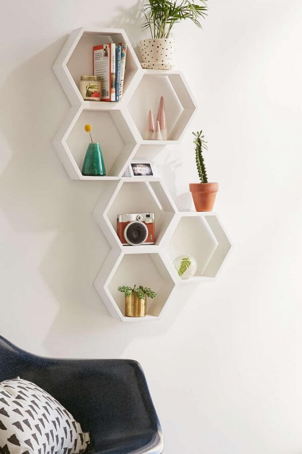 geometric-hexagon-mini-shelves-600x900
