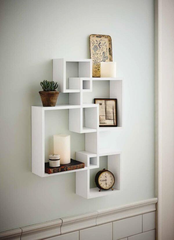 square minimalist shelves 600x827 Những mẫu kệ treo tường đẹp và độc đáo qpdesign
