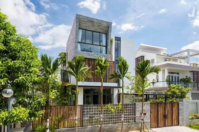 photo 1 1509285244569 Nhà phố 2 tầng lầu đẹp từ ngoài vào trong tại thành phố biển Nha Trang qpdesign