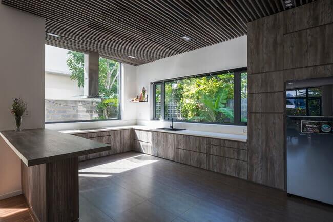 photo 1 1509288014330 Nhà phố 2 tầng lầu đẹp từ ngoài vào trong tại thành phố biển Nha Trang qpdesign